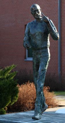 Steve Jobs Statue Budapest HU